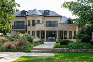 Luxury Residence Bucks Main Image